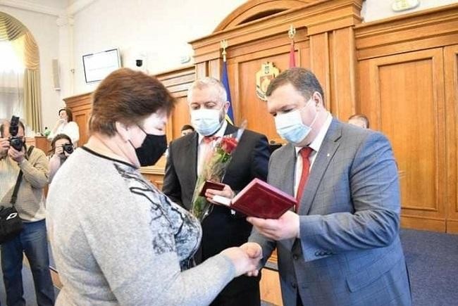 Жительку Олександрії нагородили Орденом княгині Ольги ІІІ ступеня