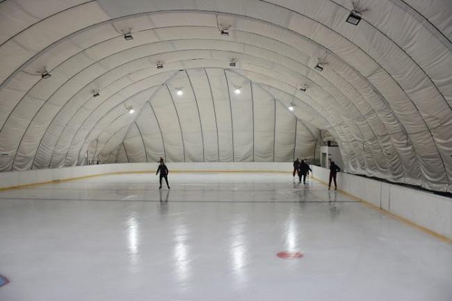 В Олександрії запрацювала льодова арена (ФОТО)