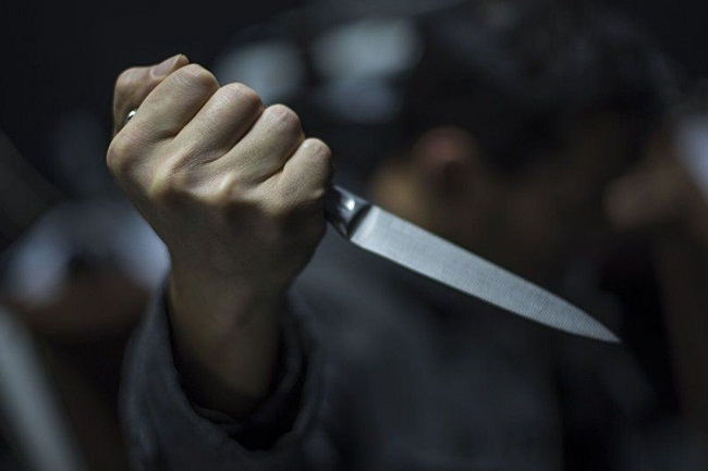 Уродженець Олександрії штрикнув товариша ножем у живіт