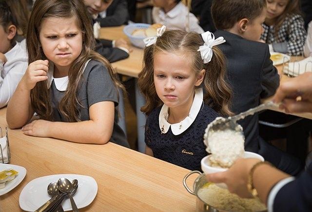 Які порушення виявили у їдальнях шкіл і дитсадків