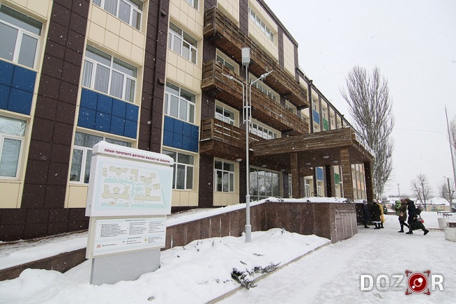 Новонародженого малюка підкинули під стіни лікарні у Кропивницькому