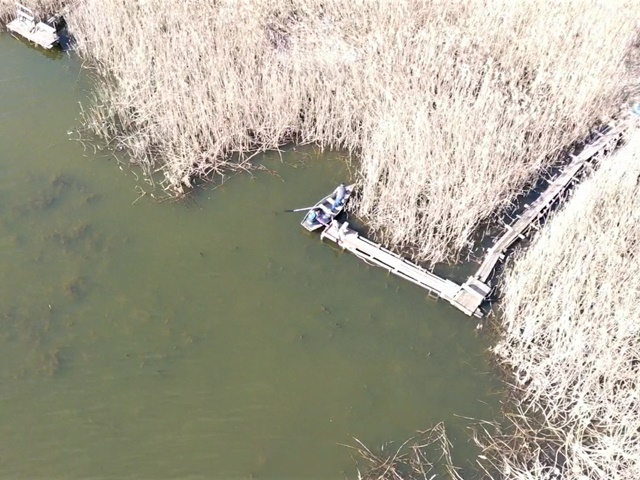 У Приютівській громаді на браконьєрів «полюють» за допомогою дрона