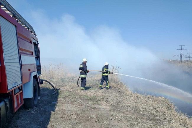 Рятувальники Олександрії 4 рази гасили пожежі на відкритих територіях