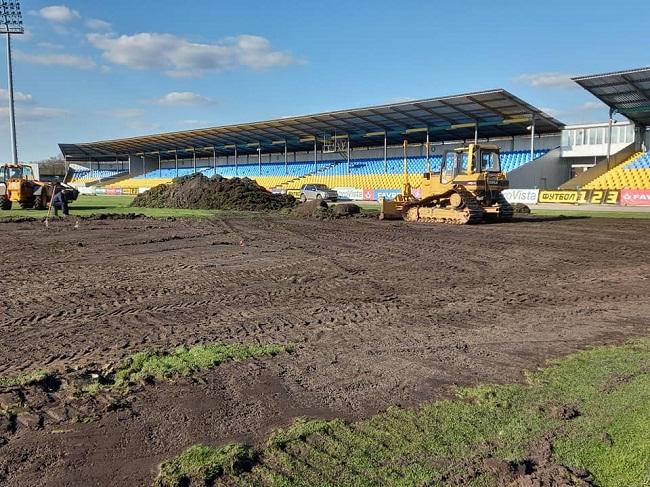 Почалась модернізація футбольного поля стадіону «Ніка» (ФОТО)