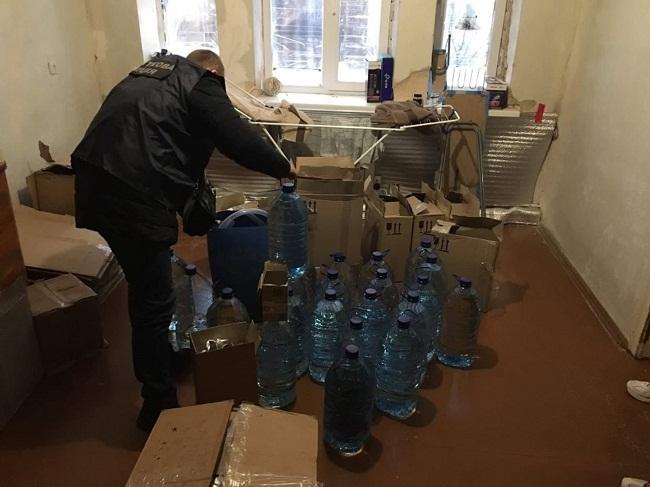 Олександрієць налагодив схему продажу фальсифікованого алкоголю по всій області