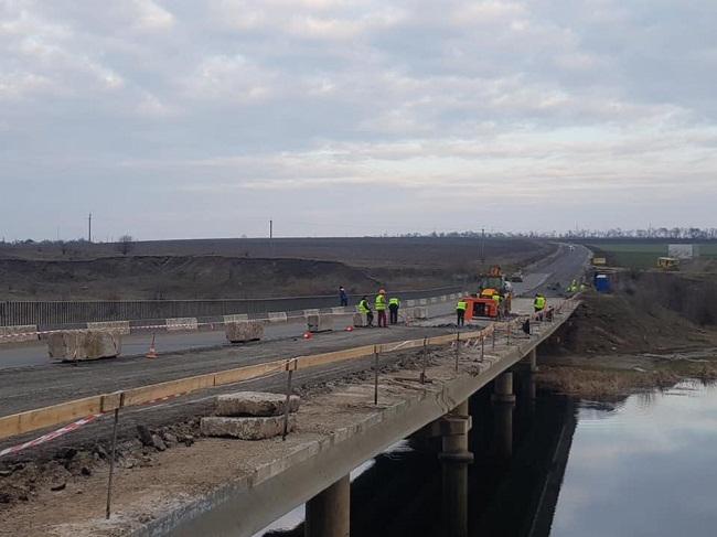 В Олександрійському районі відремонтують 5 мостів
