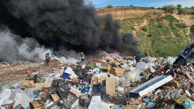 Під Олександрією другий день горить сміттєзвалище(ВІДЕО)