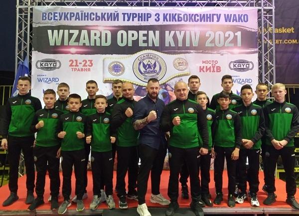 12 медалей з Києва привезли олександрійські кікбоксери
