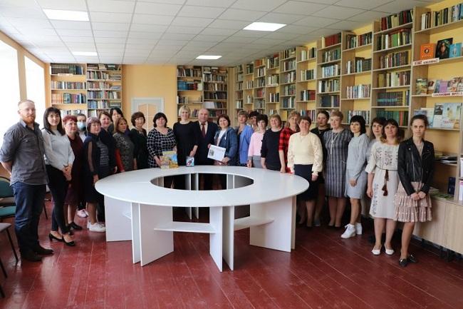 У Попельнастівській громаді відкрили оновлену бібліотеку