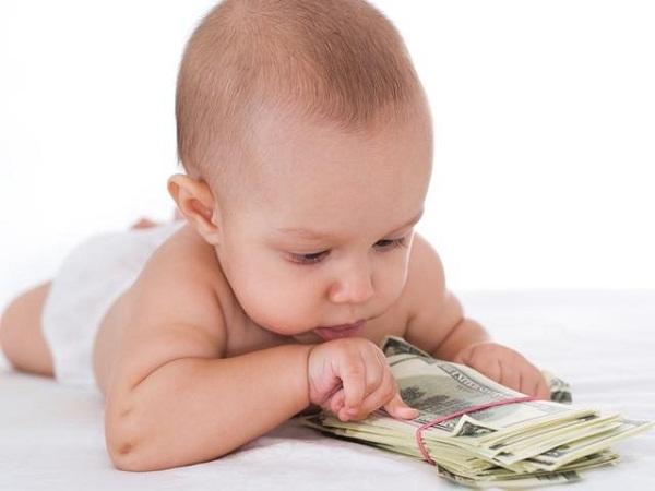 Виплати при народженні дитини збільшать до 50 тисяч гривень