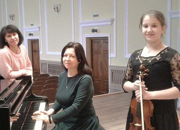 Учениця музичної школи отримала Ґран-прі міжнародного конкурсу
