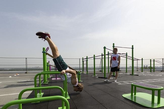 З'єднати смартфон і спорт: на Кіровоградщині облаштують 13 парків