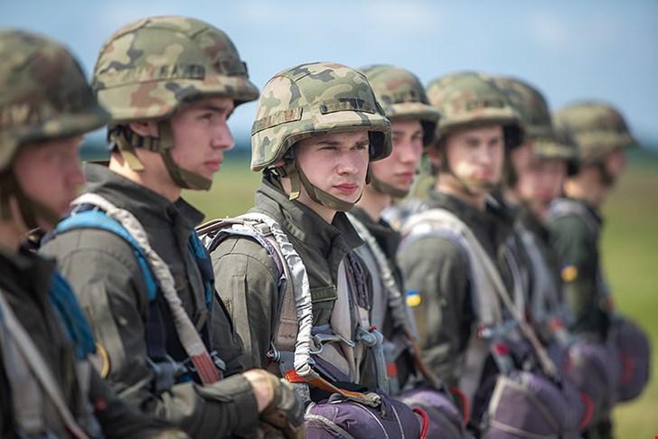 В Олександрії десантувалися курсанти академії Нацгвардії
