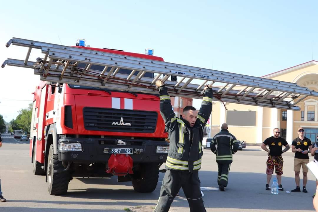 Олександрійські рятувальники встановили рекорд України