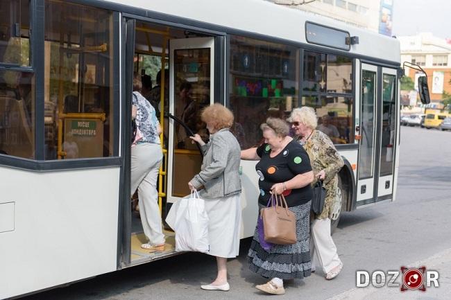 У Кропивницькому вакцинуватимуть в автобусах