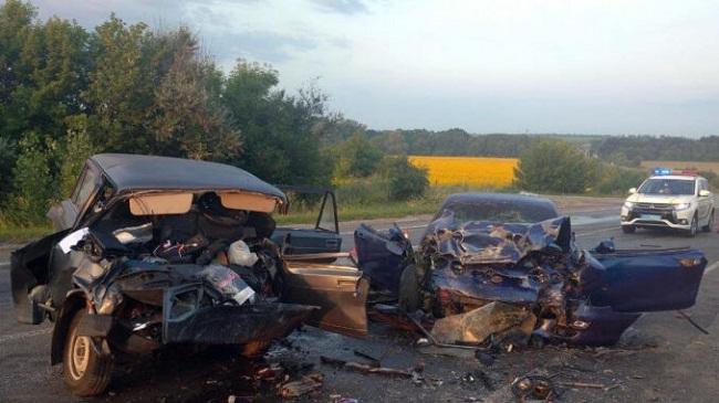 В аварії загинув хлопець із Олександрійщини. Ще дві дівчини отримали травми