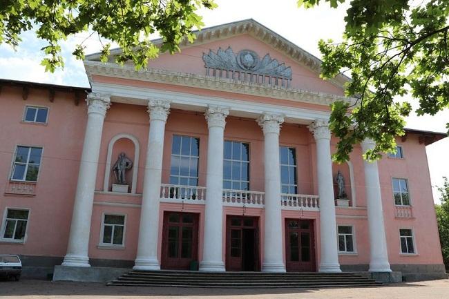Феєрверк і дискотека: Олександрійське відзначає День селища