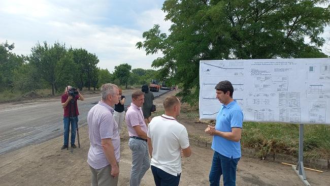 Дорогу до Вербової Лози відремонтують до кінця вересня