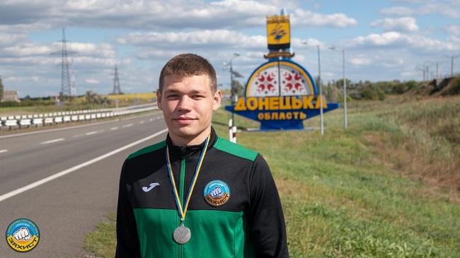 Олександрієць – срібний призер кубку України з кікбоксингу