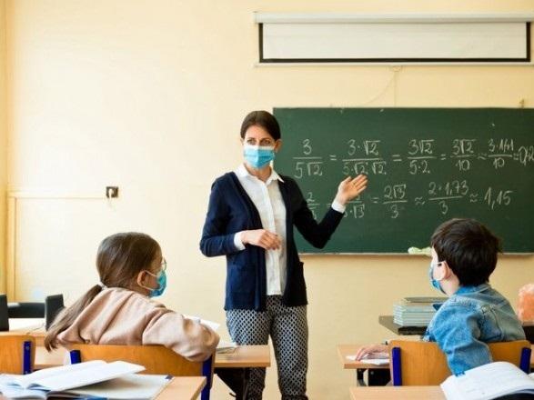 Олександрійські вчителі отримають щорічну 13-ту зарплату