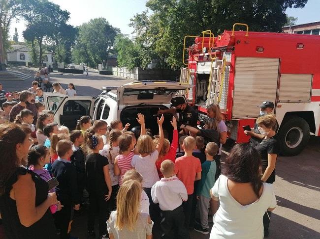 День із поліцейським та рятівником для олександрійських школярів