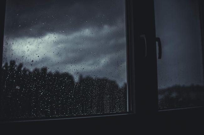 В Україну йде сильне похолодання зі зливами: названа дата