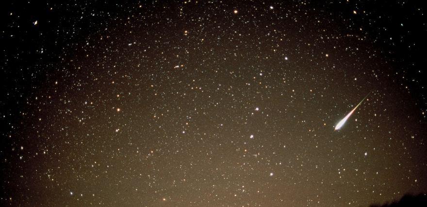 Жителі Кіровоградщини сьогодні вночі можуть побачити зорепад (ВІДЕО)