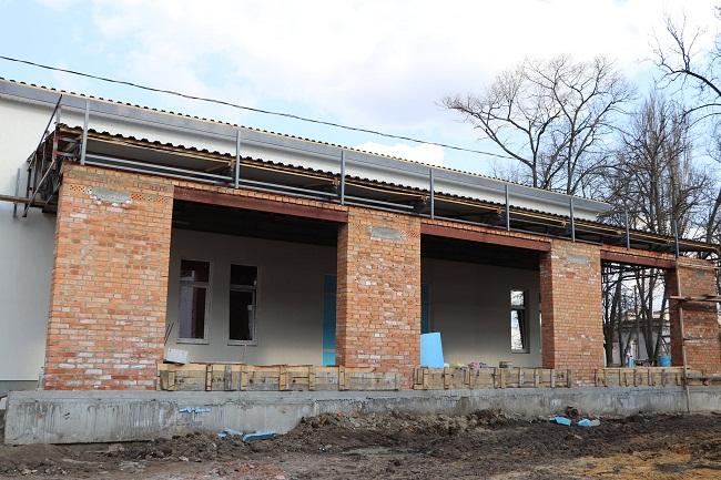 В Олександрії завершується будівництво нового приймального відділення