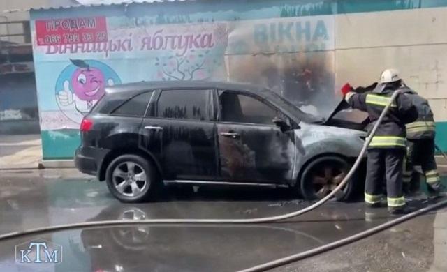 Підпал автомобіля директора ринку (ВІДЕО)