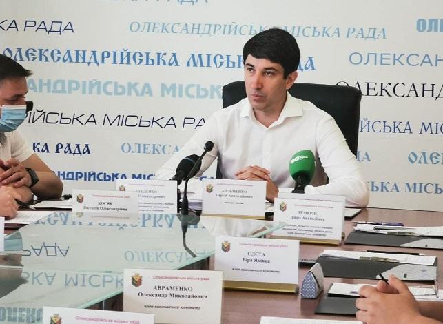 Сергій Кузьменко закликав небайдужих олександрійців долучатися до покосу трави