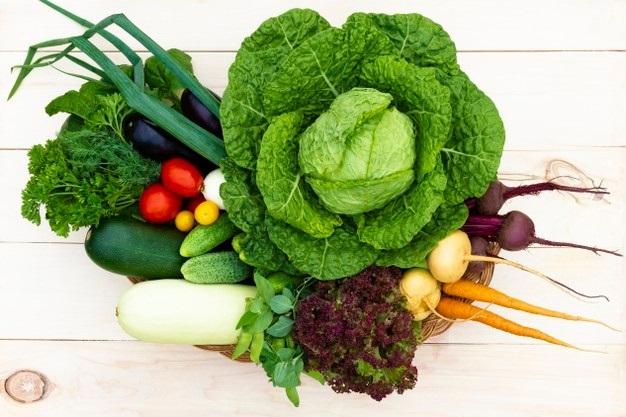 На ринках області хотіли продати 865 кілограмів овочів та фруктів з нітратами