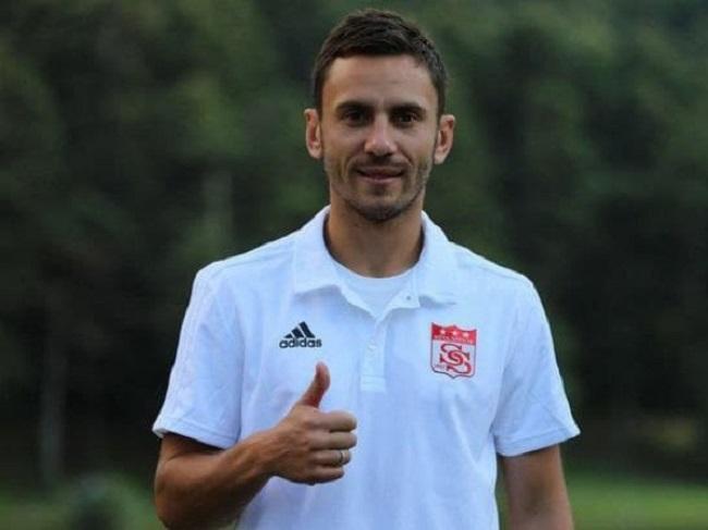 Олександрія підписала колишнього гравця збірної України