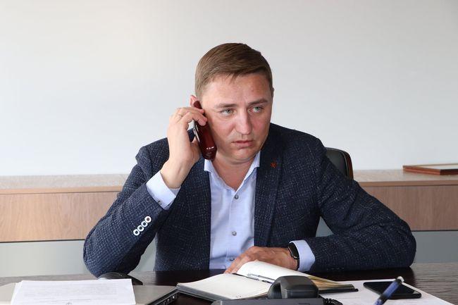 Юрій Гугленко провів прямий телефонний зв'язок з олександрійцями